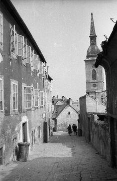 beblaveho ulica sv martin Bratislava, Times, Photography, Travel, Backgrounds, History, Photograph, Viajes, Fotografie