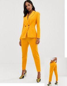 Pantalones de traje slim en naranja pop de ASOS DESIGN at asos.com 55b76e0b0c4