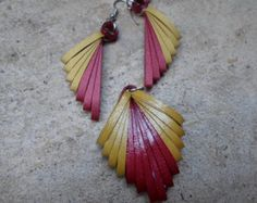 Paper quilling earrings with matching pendant Red Golden Metallic paper Jewelry Dangles Triangle Geometric jewelry
