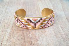 Manchette Jonc Laiton Epais Perles Tissées Aztèque : Bracelet par an-ou-shka