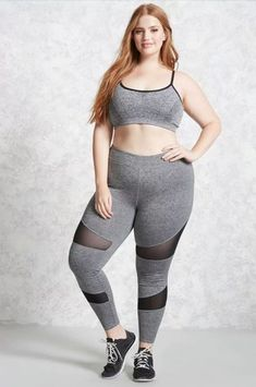 22 Best Plus-Size Workout Clothes For Women Plus Size Leggings, Tops For Leggings, Plus Size Jeans, Cheap Leggings, Printed Leggings, Plus Size Womens Clothing, Plus Size Outfits, Plus Size Fashion, Clothes For Women
