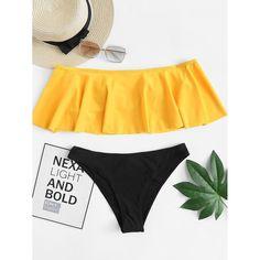 Shop Flounce Top With Seam Trim Bikini Set online. SHEIN offers Flounce Top With Seam Trim Bikini Set & more to fit your fashionable needs. Best Swimwear, Swimwear Fashion, Bikini Swimwear, Bikini Tops, Sporty Swimwear, Bikini Wax, Retro Swimwear, Summer Swimwear, Swimwear Brands