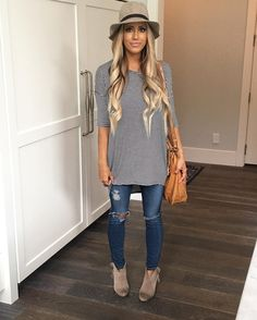 Flawless 60 LuLaRoe Outfit Ideas https://fazhion.co/2017/03/27/60-lularoe-outfit-ideas/ Tunics are created with leggings in mind. A blouse and pants by way of example will cause you to look short unless... 1). If your black dress has lots...