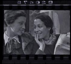 Gerda Taro, photo by Robert Capa. París, 1935