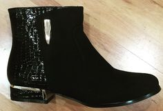 Ankle boot Chelsea Boots, Ankle, Sandals, Lady, Shoes, Fashion, Moda, Shoes Sandals, Zapatos