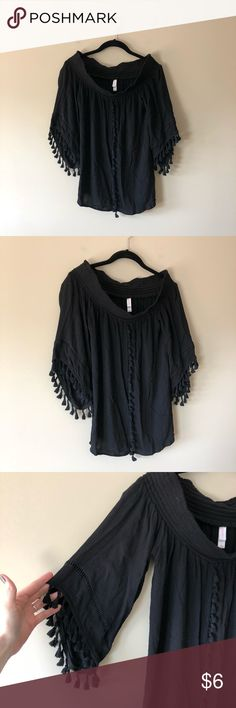 9b2afe7decc Xhilaration black off the shoulder top Black off the shoulder boho style  top - elastic top edge - fringe edging - rayon - chest across measures 18