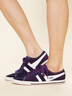 Gola Retro Classic Sneaker.....in dark purple!!!!!!!!!!