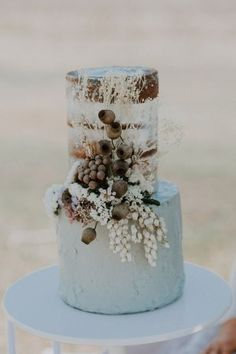 Sustainable Country Wedding Inspiration Semi naked wedding cake with dried flowers Amazing Wedding Cakes, Wedding Cakes With Flowers, Elegant Wedding Cakes, Wedding Cake Designs, Flower Cakes, Cake Wedding, Wedding Ideas, Wedding Details, Wedding Events