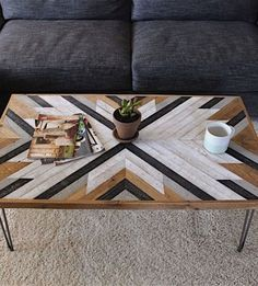 Easy DIY Coffee Table Design Ideas – TRENDUHOME – Once you have located the right DIY coffee table plans, completion of your project will take just a few hours. Coffee tables can be created with just … Coffee Table Design, Diy Coffee Table Plans, Coffee Table Decor Living Room, Unique Coffee Table, Rustic Coffee Tables, Decorating Coffee Tables, Coffe Table, Rustic Table, Coffee Table Top Ideas