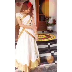 Long Skirt Top Designs, Long Skirt And Top, Kerala Saree Blouse Designs, Half Saree Designs, Onam Saree, Set Saree, New Designer Dresses, Saree Poses, Saree Photoshoot