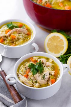 This easy vegetable turkey orzo soup uses leftover Thanksgiving turkey. It's easy, delicious, and made in one pot Thanksgiving Mac And Cheese, Thanksgiving Leftovers, Turkey Lasagna, Turkey Soup, Vegetable Soup Recipes, Chicken Recipes, Sundried Tomato Pesto, Chicken Orzo Soup, Leftover Turkey Recipes