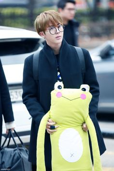 Why do all the boys look good in glasses!? xD ♪♥♥♥♪ BTS | Jin | Seokjin ♥♥♥