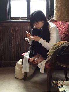 Pose Reference, Bean Bag Chair, Kawaii, Japanese, Poses, Sexy, Beautiful, Photography, Furniture