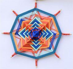 by iris gal Eye Mandala, Gods Eye, Heart Art, String Art, Old And New, Iris, Folk Art, Projects To Try, Macrame