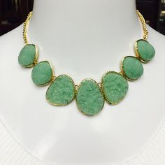 """Stephan & Co a Green Glitter Stone Necklace STUNNING! Stephan & Co Green Glitter Stone Necklace in Gold Tone, Measuring 18"""" in Length with a Lobster Claw Closure. Retails $50.00 Stephan & Co  Jewelry Necklaces"""