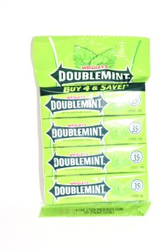 doublemint naturally and artificially flavored 4 five stick packages chewing gum 20 sticks total Chocolate Candy Brands, Triple Chocolate Cookies, Gum Flavors, Bad Room Ideas, Fruit Chews, Sugar Free Gum, Caramel Candy, Chewing Gum, Peanut Butter Cups