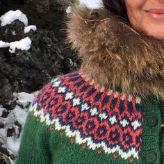 Ravelry is a community site, an organizational tool, and a yarn & pattern database for knitters and crocheters. Fair Isle Knitting, Hand Knitting, Knitting Patterns, Knitting Ideas, Knitting Projects, Ravelry, Icelandic Sweaters, Old Sweater, Learn How To Knit