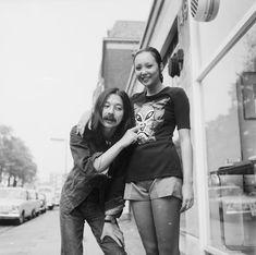 Japanese Designer Kansai Yamamoto Has Died at 76 | Vogue Kansai Yamamoto, Yohji Yamamoto, T Shirt Picture, Teased Hair, Image Model, Ziggy Stardust, Paris Shows, Style Snaps, Glam Rock