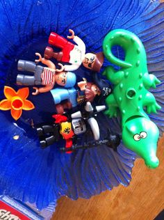 Lego Duplo Pirates and a knight