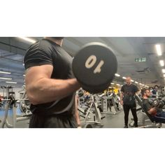 Do you have a bicep muscle imbalance? Recently upon taking progress pictures completing standard bodybuilding poses. Bicep Muscle, Muscle Imbalance, Biceps, Bodybuilding, Poses, Pictures, Fitness, Figure Poses, Photos