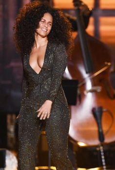 Alicia Keys ✾nO1 nO1 uHuHn uHNuHn eXcEpT sWiSSbE@ kAN gETs n t wAAAAI of w@ ]e fEeLz 4 jhU OOO Oo oOoo o O O O hahah