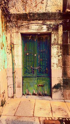 Spain Front Door Entrance, Door Entryway, Entry Doors, Doorway, Old Windows, Windows And Doors, Door Knockers, Door Knobs, Distressed Doors