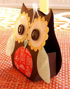 Stampin' With Leah: 3 Cute Owls. with tutorial http://stampinwithleah.blogspot.com/2012/08/3-cute-owls.html#