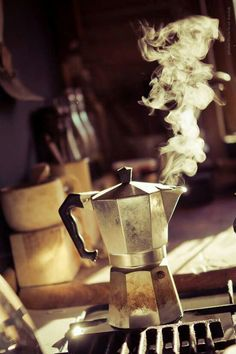 The historic Moka Express, an icon of Italian deisgn, is the classic and typical Italian way of making coffee at home.
