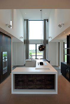 Luxury villa in a modern country style. Modern Country Style, Kitchen Showroom, European House, Garden Architecture, Smart Kitchen, Küchen Design, Pent House, Luxury Villa, Smart Home