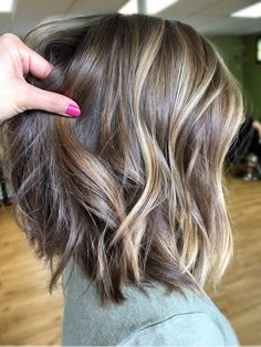 Hairstyle & Hairinspiration Find the most beautiful hair color ideas for short hair with cheeky hair Hair Color And Cut, Ombre Hair Color, Short Hair Colors, Balayage Color, Bayalage, Medium Hair Styles, Short Hair Styles, Great Hair, Awesome Hair