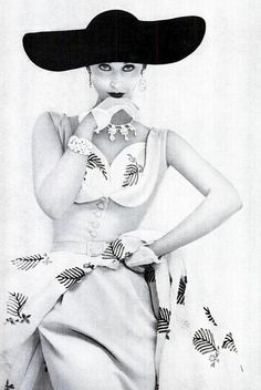 Fantastically eye-catching 1950s glamour of the especially wide-brimmed hat variety.