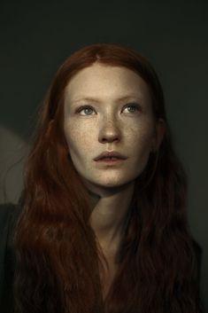 Anastasiya by Ekaterina Ignatova on Dark Portrait, Beauty Portrait, Portrait Art, Face Reference, Photo Reference, Photography Women, Portrait Photography, Face Proportions, Face Study