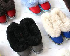 Handmade Wool Slippers Sheepskin Slippers, Slip On Mules, Embroidery, Wool, Handmade, Needlepoint, Hand Made, Handarbeit, Crewel Embroidery