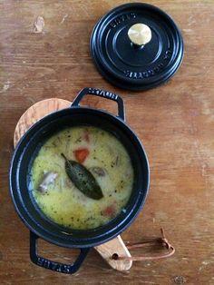 plat du jour* : 鶏もも肉のクリームスープ