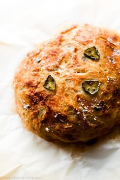 This super crusty no knead jalapeño cheddar bread is baked in a dutch oven and requires practically zero hands-on work from you! Cheddar Bread Recipe, Jalapeno Cheese Bread, Knead Bread Recipe, Jalapeno Cheddar, No Knead Bread, Cheddar Cheese, Dutch Oven Bread, Dutch Oven Recipes, Cooking Recipes