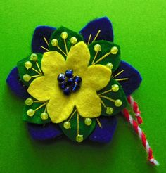 Felt -  Flower - Martenitsa Lacemaking, Bulgarian, Felt Flowers, Diy, Felted Flowers, Bulgarian Language, Bricolage, Do It Yourself, Homemade