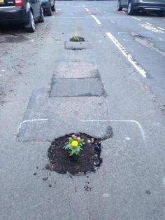 Potholes SW4, courtesy @Jen H