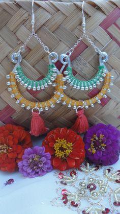 Boucles d'oreilles bollywood collection Holi corail, orange pastel et vert pastel : Boucles d'oreille par bombay-cotons
