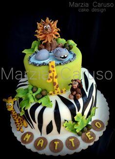 Marzia Caruso Cakes Zoo Cake, Jungle Cake, Farm Cake, Bad Cakes, Cute Cakes, Safari Baby Shower Cake, Safari Party, Jungle Safari, Africa Cake