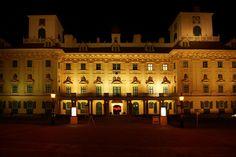 Schloss Esterházy, 04/21/2012 Shanghai, Louvre, Building, Travel, Welcome, Viajes, Buildings, Trips, Construction