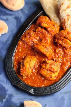 Chicken Vindaloo Recipe:-Chicken Vindaloo,the sweet,sour and mild hot Indian curry dish,very popular in Goa.this delicious curry goes well with rice or nan