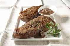 TOP LOIN STEAKS WITH RED WINE SAUCE  83mg chol