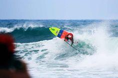 Para os que não viram, Leco Salazar é campeão mundial de Stand Up Paddle nas Ilhas Virgens Britânicas!!