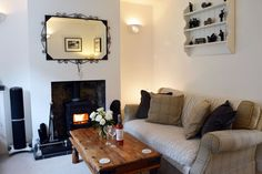 Excellent well-appointed cottage with panoramic sea views Holiday Accommodation, Isle Of Wight, Cottage, Sea, Home Decor, Decoration Home, Room Decor, Cottages, The Ocean