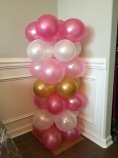 Diy balloon tower for Brielle's twinkle twinkle little star first birthday party!