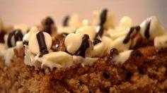 Brownie branco com manteiga de amendoim - Receitas - GNT