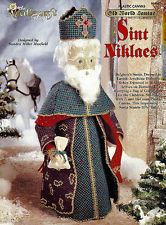 The Needlecraft Shop 'Old World Santas 'Sint Niklaes' Plastic Canvas Booklet