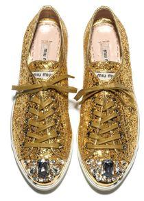 Gold | ゴールド | Gōrudo | Gylden | Oro | Metal | Metallic | Shape | Texture | Form | Composition | shoes