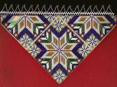 Bringeduk: BRINGEDUK OG BELTER TIL BUNAD: VELG MELLOM 20 FORSKJELLIGE MØNSTER Bead Crochet Rope, Concept Board, Going Out Of Business, Cross Stitching, Norway, Needlework, Colours, Embroidery, Quilts