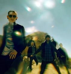 """can't say 4 sure but this is possibly my favorite photo of 'em like my sis say  """"it's linkin park on acid!"""""""